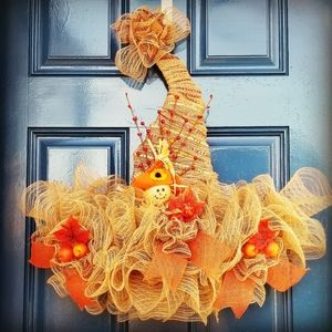 Other - Fall hat shape wreath
